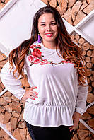 Белая бархатная блузка с вышивкой Надежда