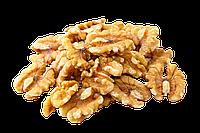 Грецький горіх  (метелик) / грецкий орех (бабочка)