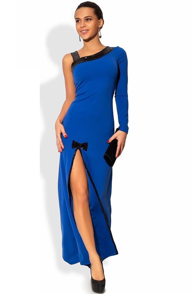 Синее платье в пол с асимметричным декольте