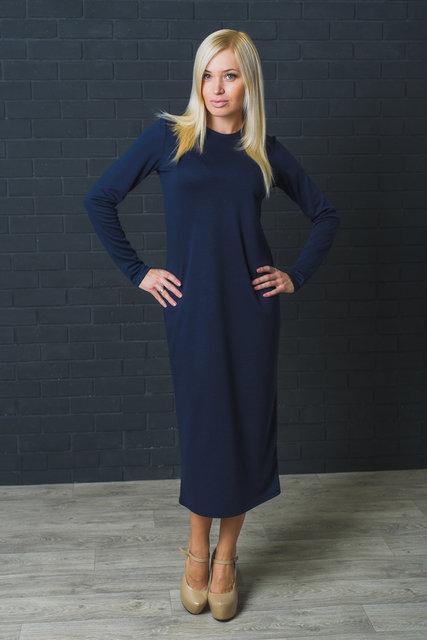Платье  свободного кроя темно-синее