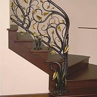 Красивые кованые перила с металлической растительностью
