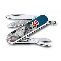 ГОД СОБАКИ 2018 Складной швейцарский нож Victorinox CLASSIC VX Colors VX0.6223.L стильный принт отл подарок