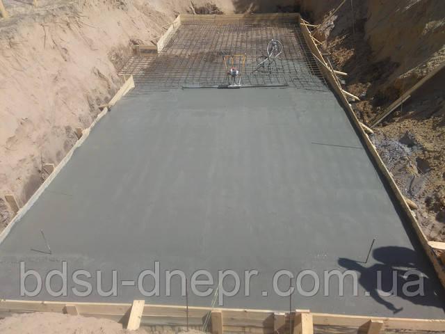 заливка бетона виброрейкой