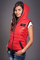 Жилетка женская молодежная утепленная. Код модели ЖЛ-05-12-14. Цвет красный.