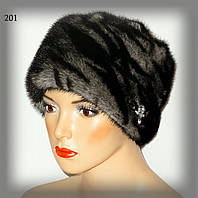 Меховая женская шапка из норки (двухцветная)
