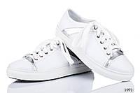 Женские кроссовки кожаные белые 1091