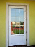 Дверь  ПВХ входная