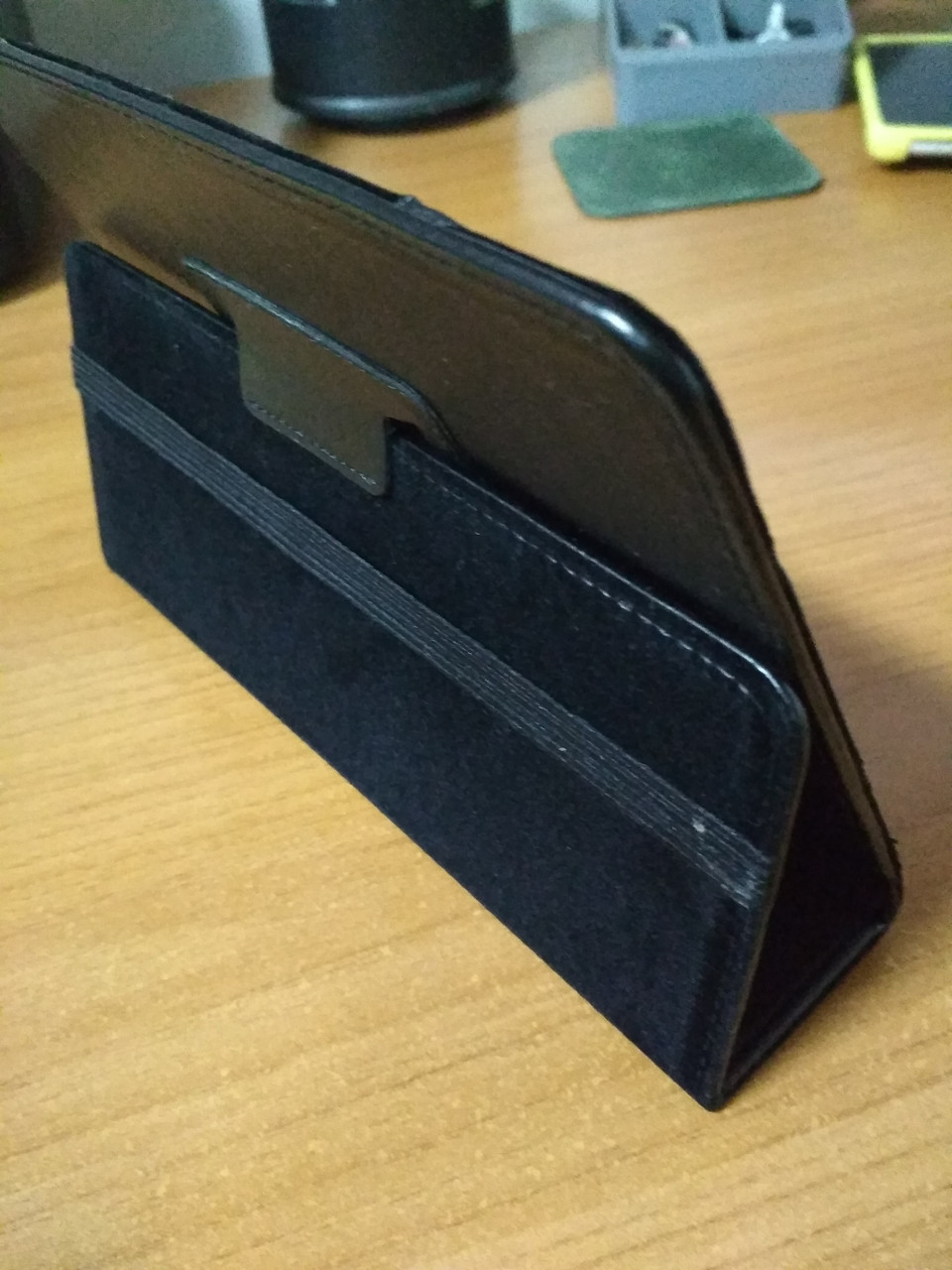Универсальный чехол для планшета 7 подставка книжка