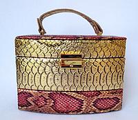 Женская золотая шкатулка для ювелирных украшений и бижутерии 18*13*15 см питон с металлическим блеском, фото 1