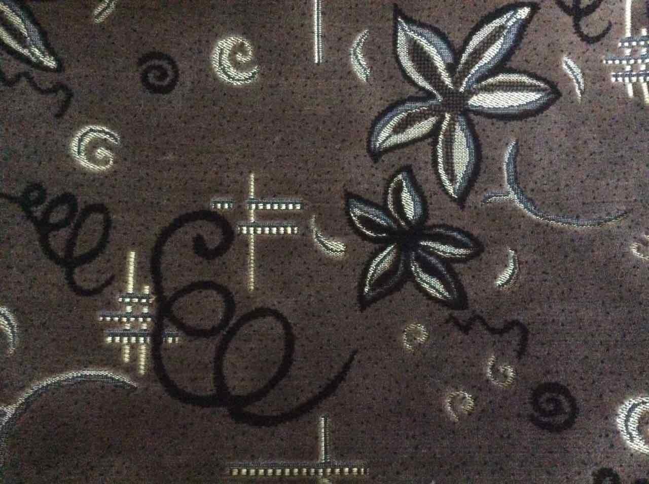 Покрывало полуторное из гобелена 145*200 Спиральки и цветы коричневого цвета