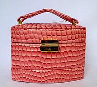 Шкатулка женская коралловая для ювелирных украшений из искусственной кожи 15*11,5*12 см