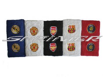 Напульсник с логотипами клубов