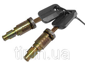 Комплект личинок замка (2личины 2 ключа) VOLVO FH12/FM12 TD07-51-072B TangDe