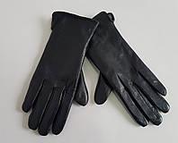 Перчатки женские кожаные черного цвета