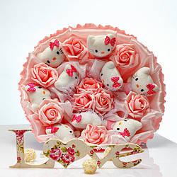 Букет из игрушек Котики 9 белые в розовом