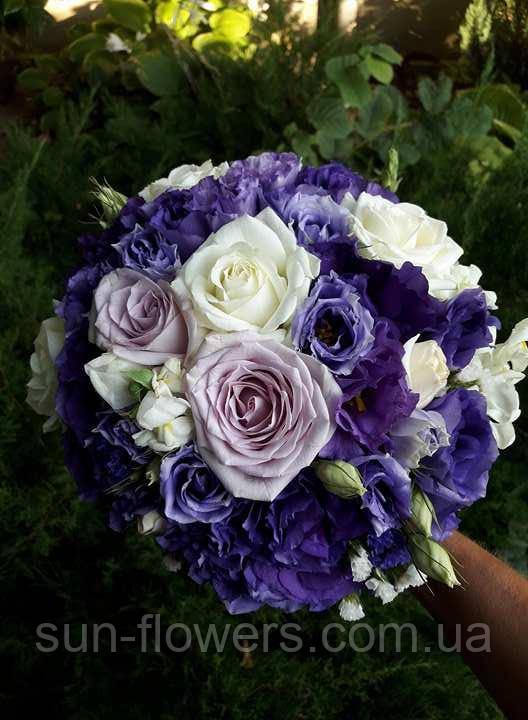 Букет для невесты в лилово -сиреневой гамме