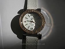 Женские часы quartz  белые c золотом (Арт. 1539), фото 3