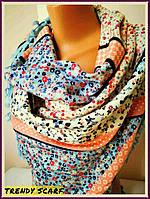 Женкий платок голубой персиковый бежевый цветы.Цветочный принт.Голубой кант с кисточками.размер110/110 Пэчворк