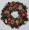 Венок декоративный рождественский 33см, с шишками и ягодами красный. Харьков, доставка