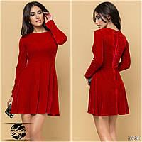 Молодежное вечернее платье из бархата красного цвета. Размеры 42-48. Модель 16299