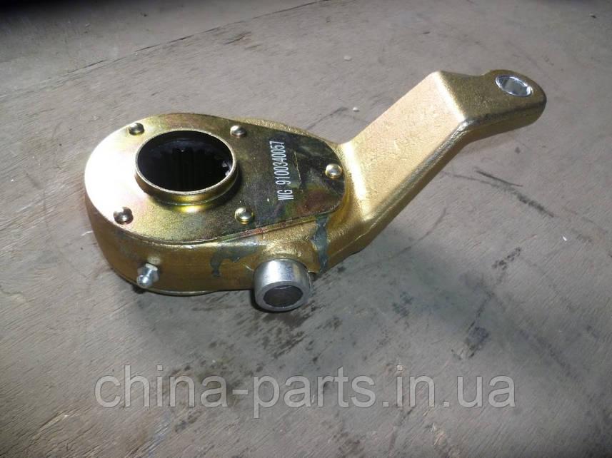 Рычаг тормозной правый (задн,трещотка,механ) WG9100340057