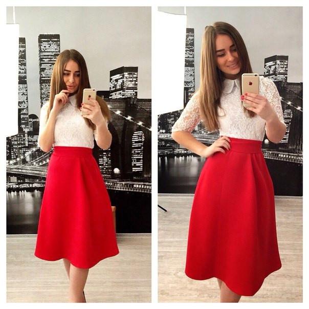 Платье бело-красное,верх гипюр с воротничком,р 42-58