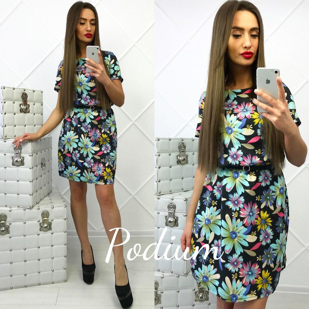 Платье в цветах с пояском в комплекте