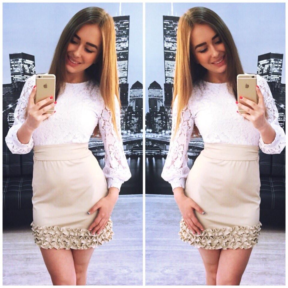 Платье верх гипюр, юбка внизу с рюшами