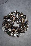 Венок из хвои рождественский.Украшен шишками и звездами.31см диаметр Харьков.Доставка., фото 1