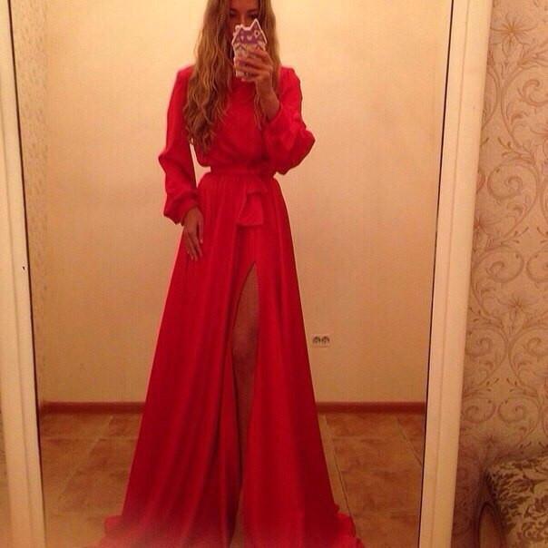 346553c752a Платье длинное закрытое с разрезом сбоку