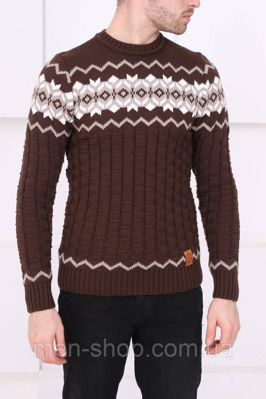 Мужской коричневый свитер с узором