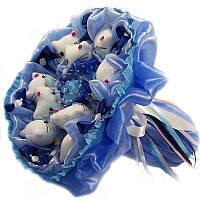 Букет из мягких игрушек 9 котиков в голубом