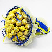 Букет из конфет Ферреро Роше 45 Патриотичный
