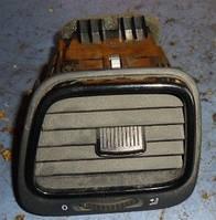Дефлектор воздушный левый в торпедуVWScirocco2008-1q0819709b, 1q0819703j