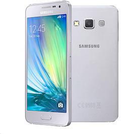 Samsung Galaxy A3 / SM-A300