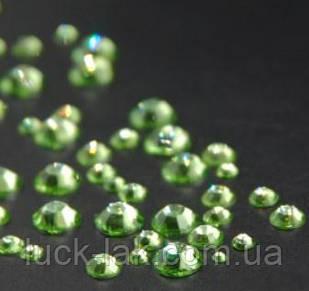 Стразы для ногтей 2-6 мм, 1 баночка, зеленые