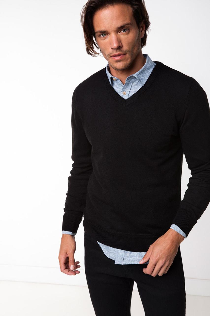 Черный мужской свитер De Facto / Де Факто с V-образной горловиной