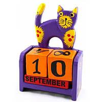 Фиолетовый календарь настольный Кот дерево