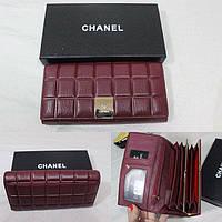 Бордовый стильный женский кошелек Chanel из натуральной кожи