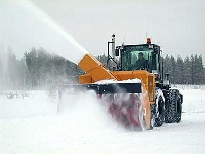Снегоочиститель с автономным двигателем UTV 430