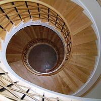 Бетонная винтовая лестница на 3 этажа