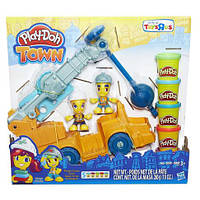 Игровой набор Пластилина Плей До Город: Автокран Play-Doh Town Power Crane Playset B6281