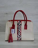 Молодежная женская сумка Кисточка молочная с красной стропой