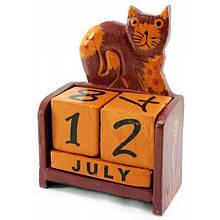 Деревянный календарь на стол Кот