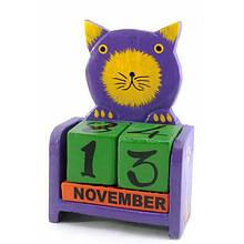 Календарь фиолетовый настольный Кот