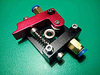 Механизм подачи экструдера MK8