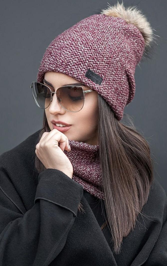 зимняя вязаная шапка с меховым помпоном и хомутом женские зимние