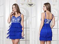 Красивое короткое платье с бахромой