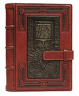"""Ежедневник А5 в кожаной обложке с оригинальным дизайном и буквой """"А"""""""