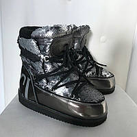 Женские сапоги Moon boot пайетка